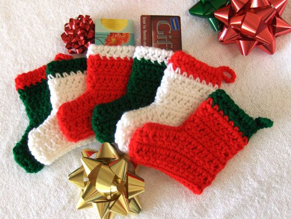 stockings traditional red white green