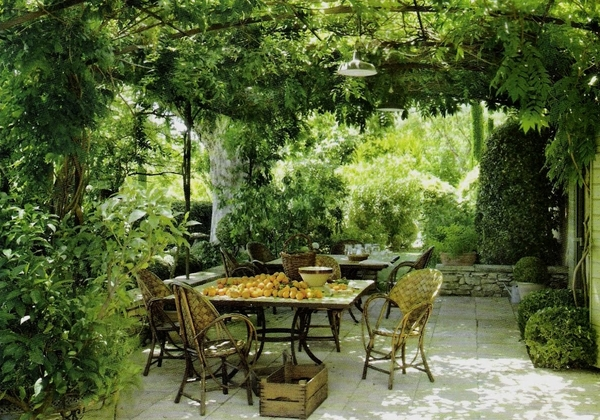 arched pergola outdoor dining furniture