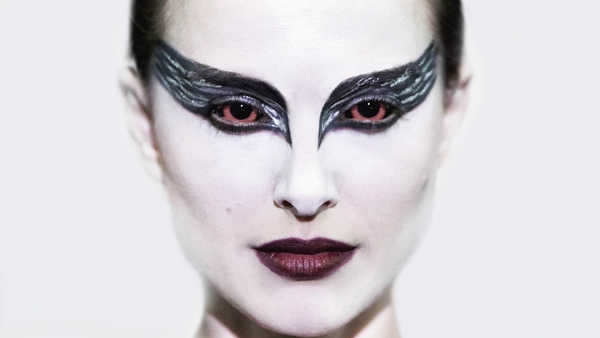 celebrities Halloween costumes and make up black swan