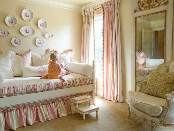 kids bedroom furniture daybed bedding pink white ruffled skirt
