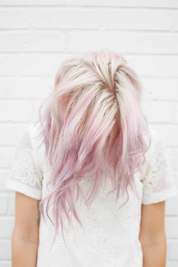 pastel pink accents hairstyle ideas