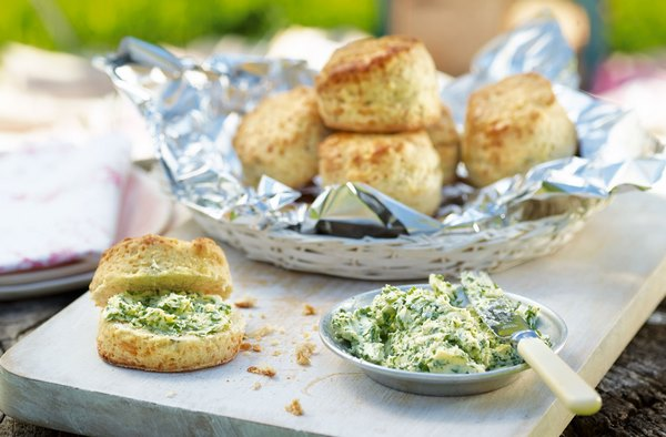 DIY garlic and herb butter recipes