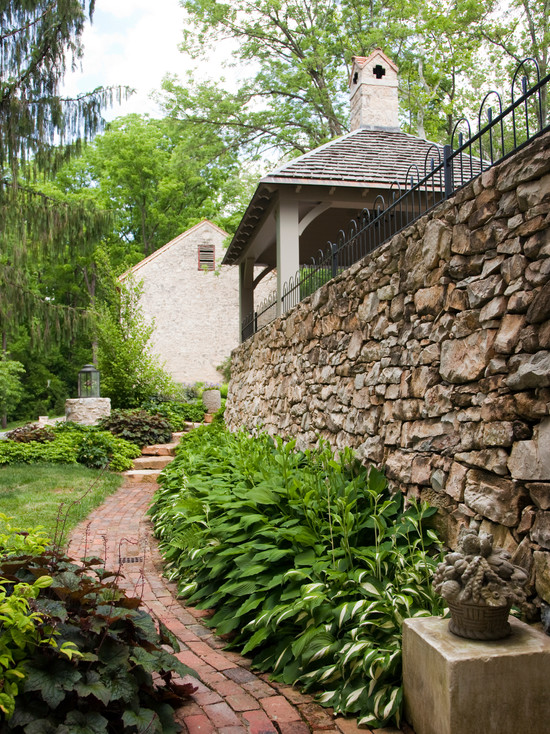 curved garden ideas pavers privacy fence natural stone
