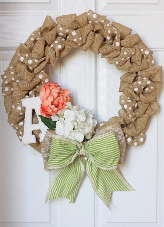DIY spring Easter decorations flower green bow