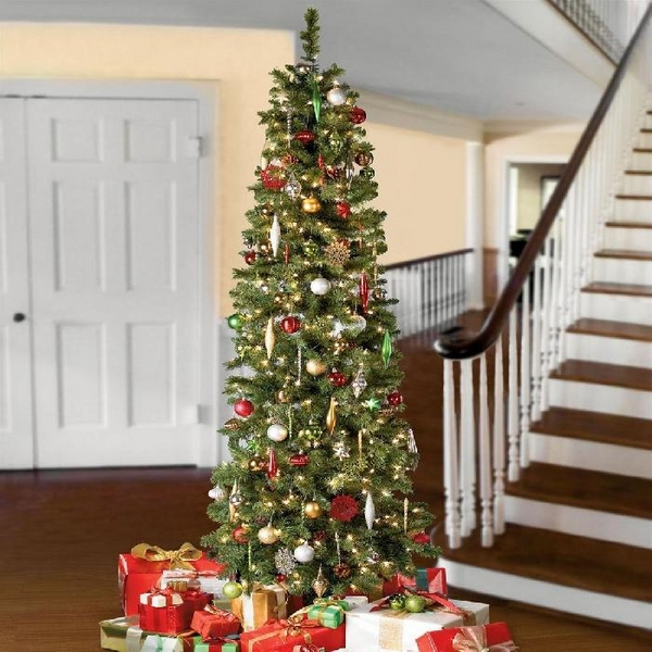 Christmas-window-decoration-ideas-hallway-decoration-ideas-traditional-colors
