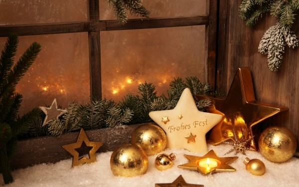 Window decoration for christmas golden stars candles garlands