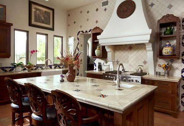 traditional kitchen design with beautiful tiles on backsplash and countertop