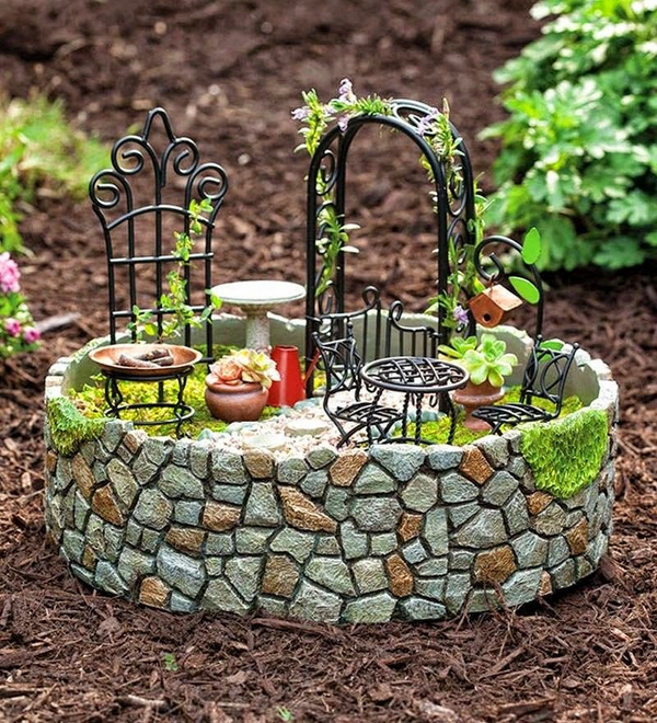 mini garden ideas arch table chairs
