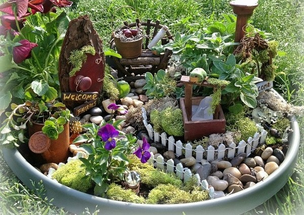 mini garden design ideas fairy fence path plants