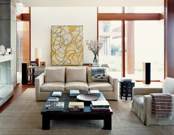Feng Shui living room furniture layout wall painting flowers