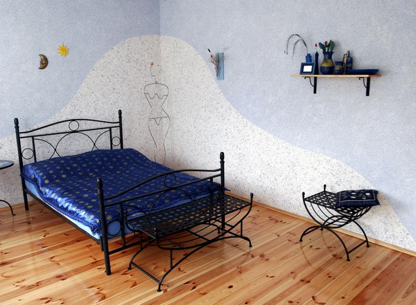 bedroom decorating ideas blue white wall color metal bed frame