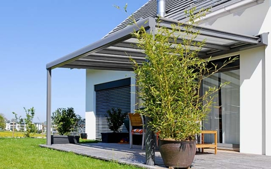 Glass roof for the terrace - the advantages of a glass roof