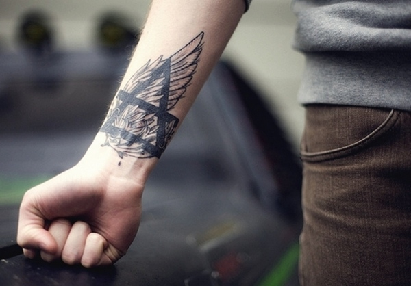 wing tattoo ideas for men
