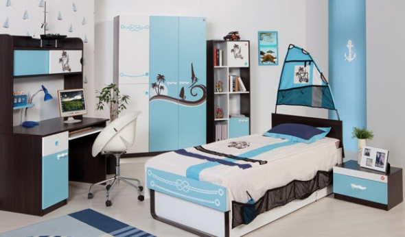 Surf theme boys bedroom blue