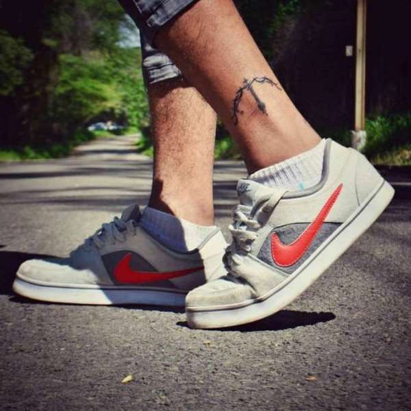 cool tattoos on ankle for guys