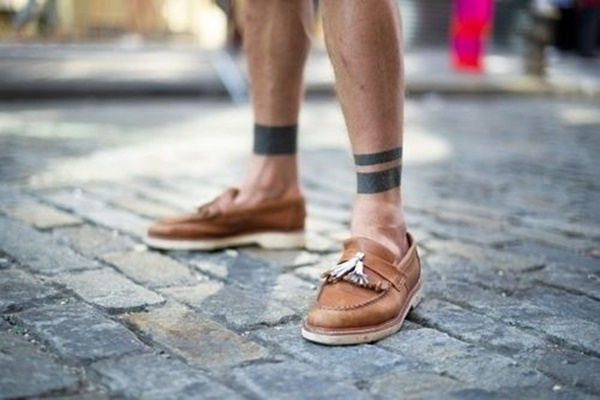 blackwork style ankle band tattoo designs