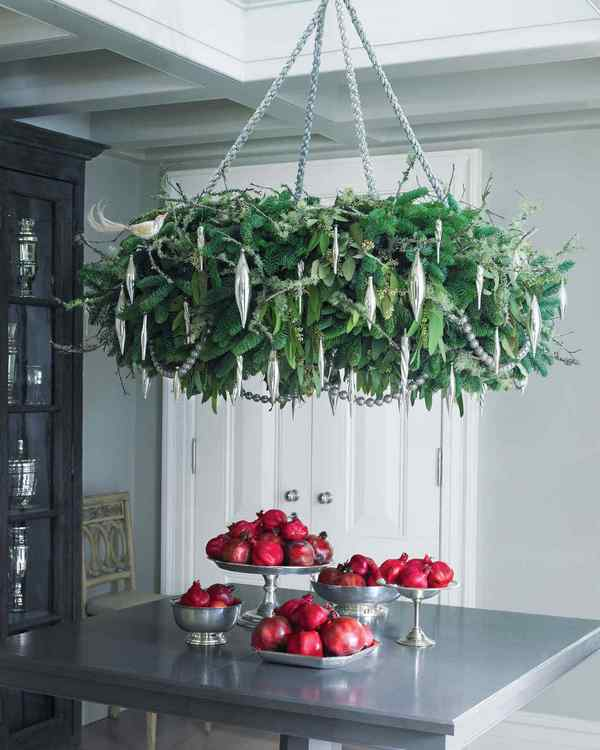wreath hanger ideas for your home