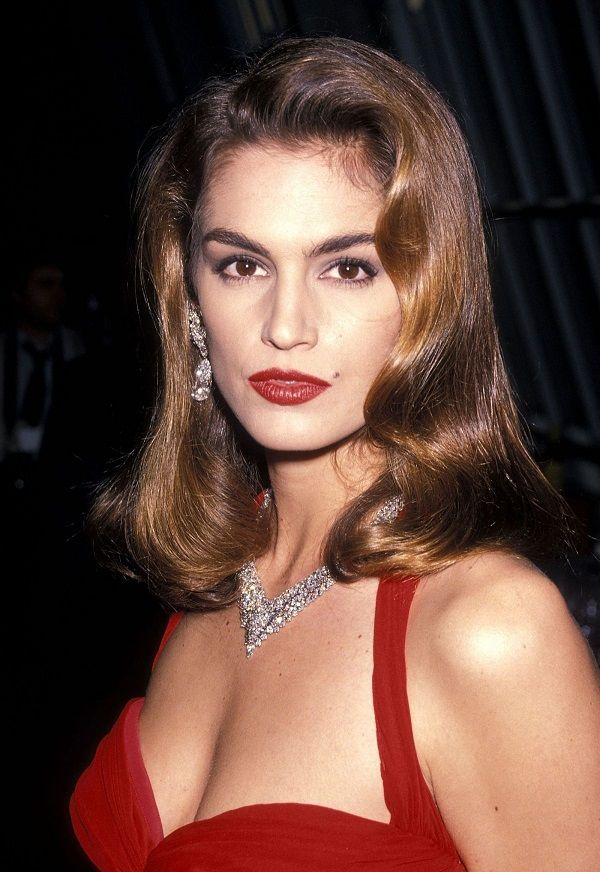 90s Cindy Crawford hairstyles for long hair