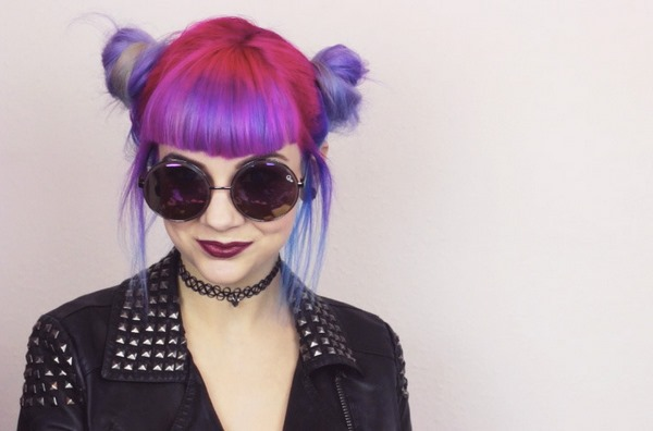 90s grunge hairstyles bright colors buns