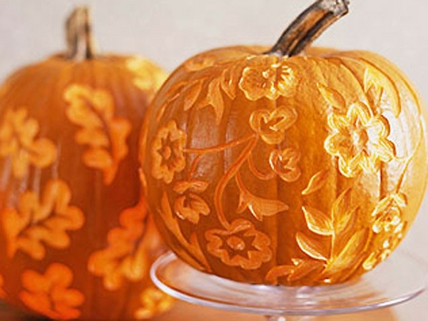 pumpkin carving easy DIY Halloween decoration