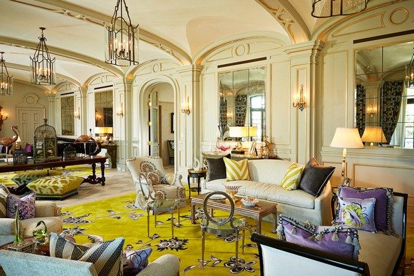 how to decorate a mansion living room choose your style