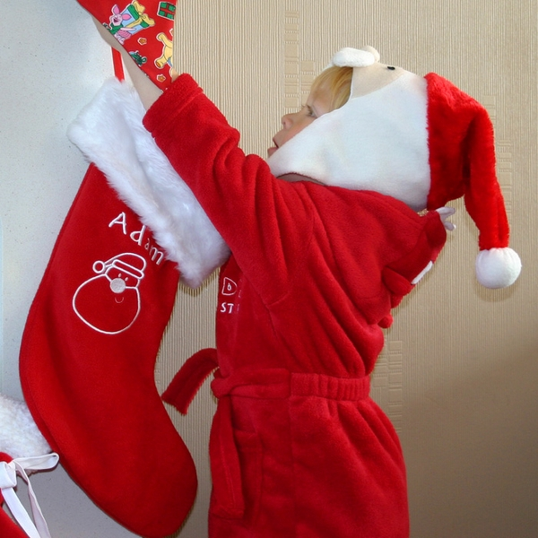 personalilzed-christmas-stockings-traditional-red-white-colors