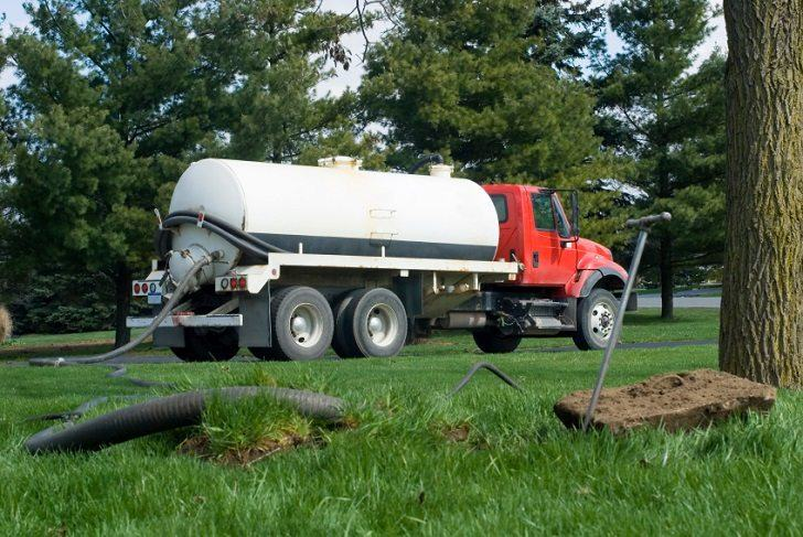 septic pump truck cleaning maintenance tips
