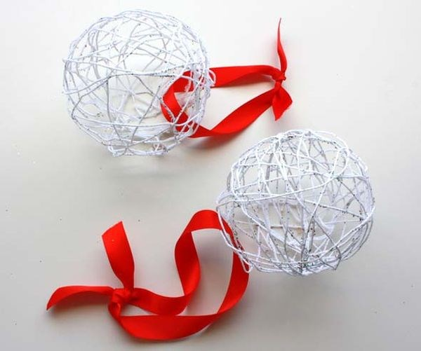 easy string ornaments homemade ornaments red white