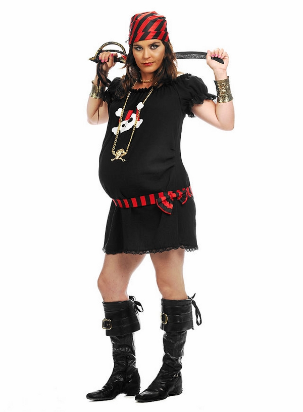 pregnant halloween costumes pirate costume