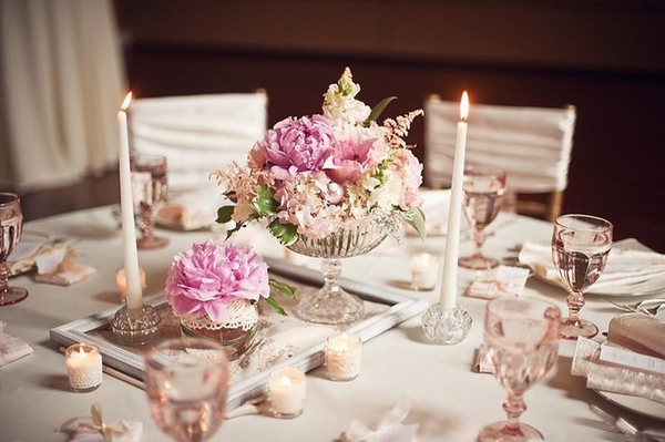 wedding table decoration ideas tea candles peonies shabby chic pastel colors