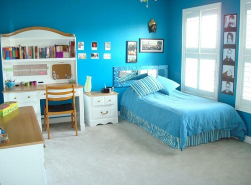Teen room turquoise color