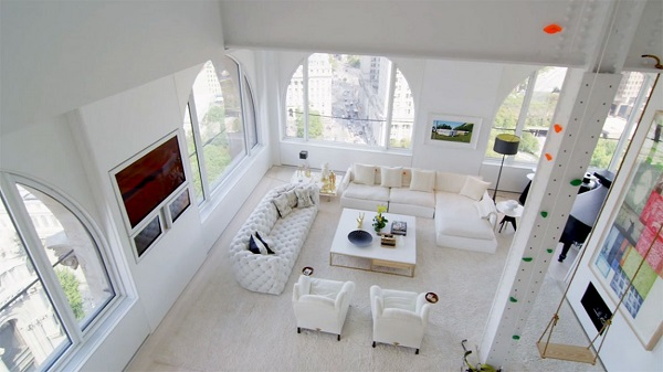 living roomconteporary penthouse