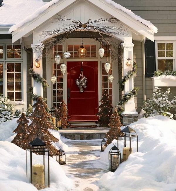 outdoor christmas decorating ideas front porch front foor decor ideas