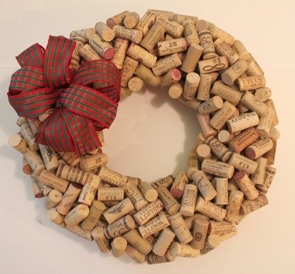 how to make a cork instructions step 4 decorate the wreath