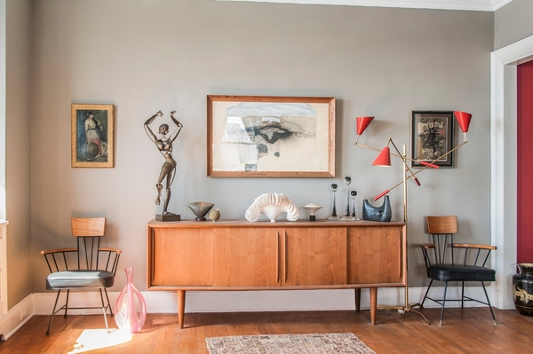 midcentury-tv-credenza-small-living room furniture ideas side chairs